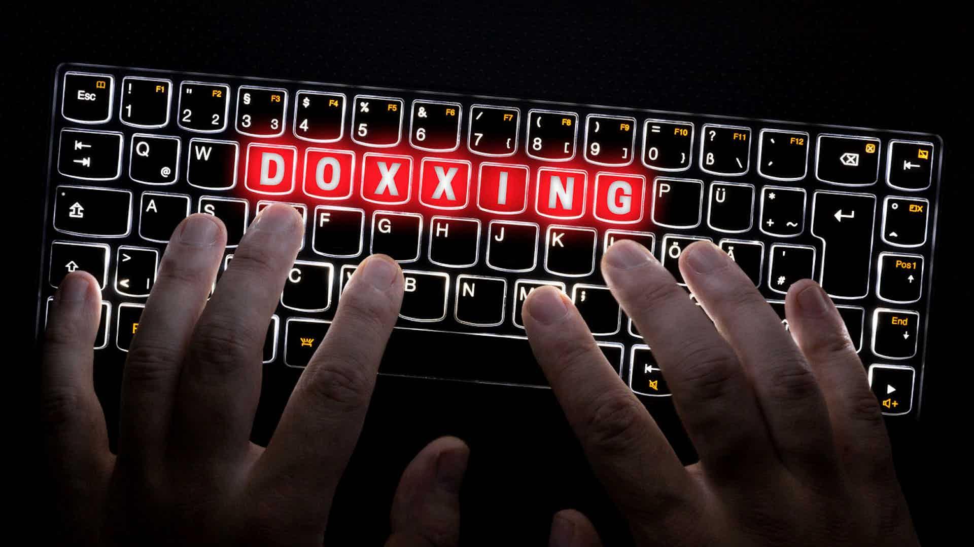Qu'est ce que le Doxing/doxxing ? : Porn revenge, cyber-harcelement, ...
